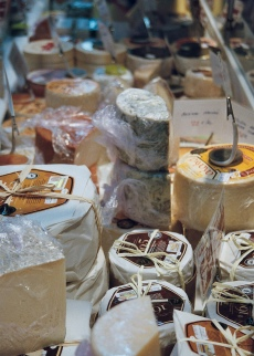 The cheese stall, Mercado St Miguel